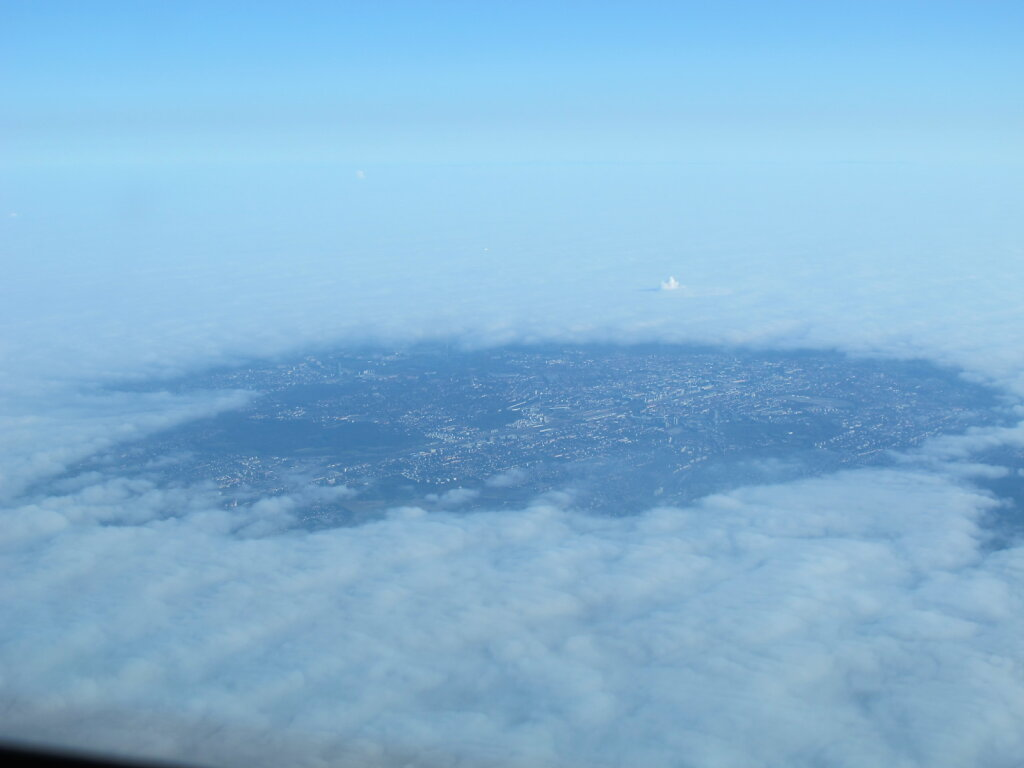 02.11.2011 Lyon - München | München heizt den Nebel einfach weg