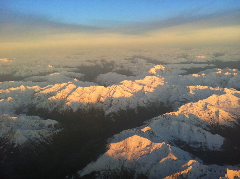 08.11.2012 München - Marseille | Sonnenaufgang über den Alpen