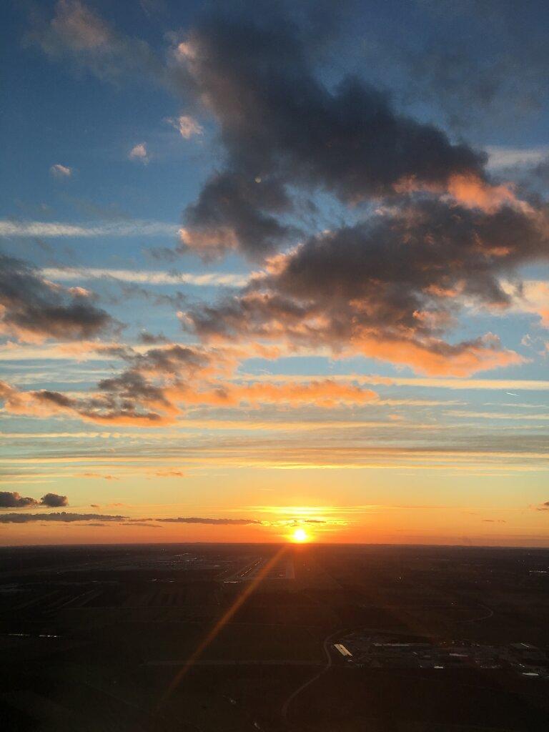 10.03.2017 Luxemburg - München | Sonnenuntergang beim Anflug