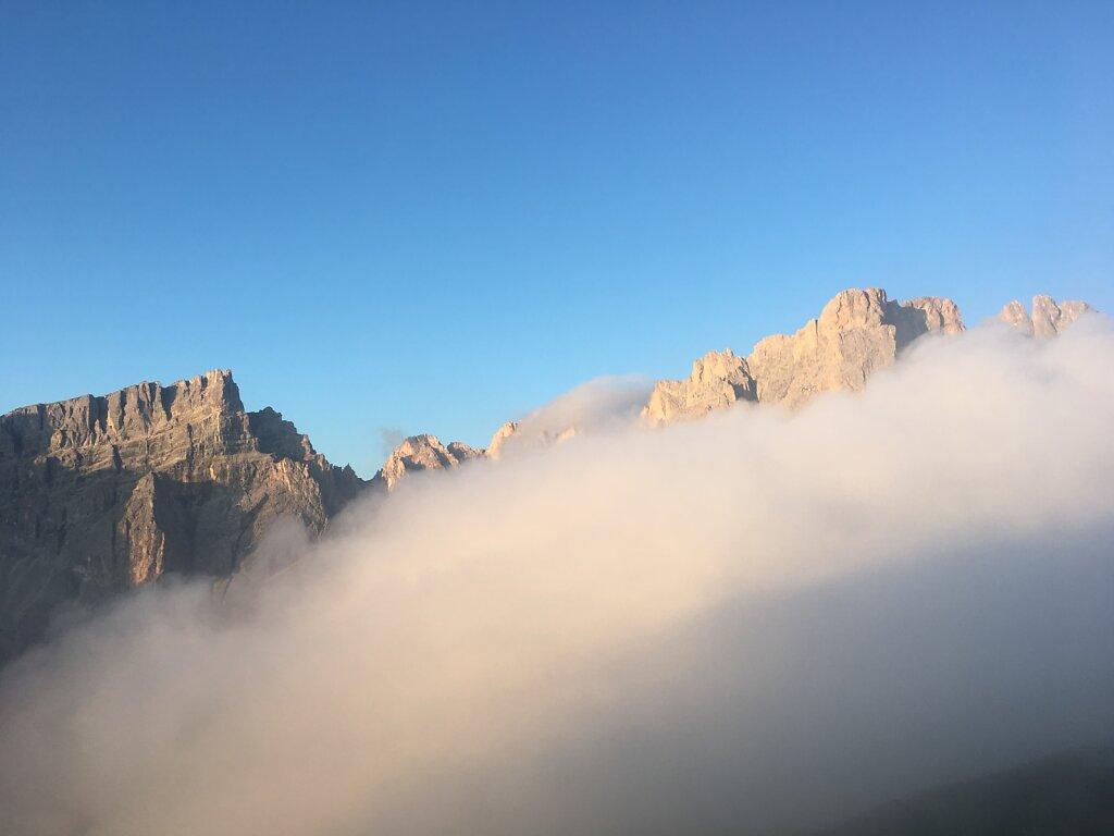 13.08.2018 Die Berge versinken im Nebel
