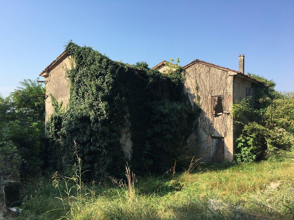 21.08.2018 Ruinen auf dem Weg