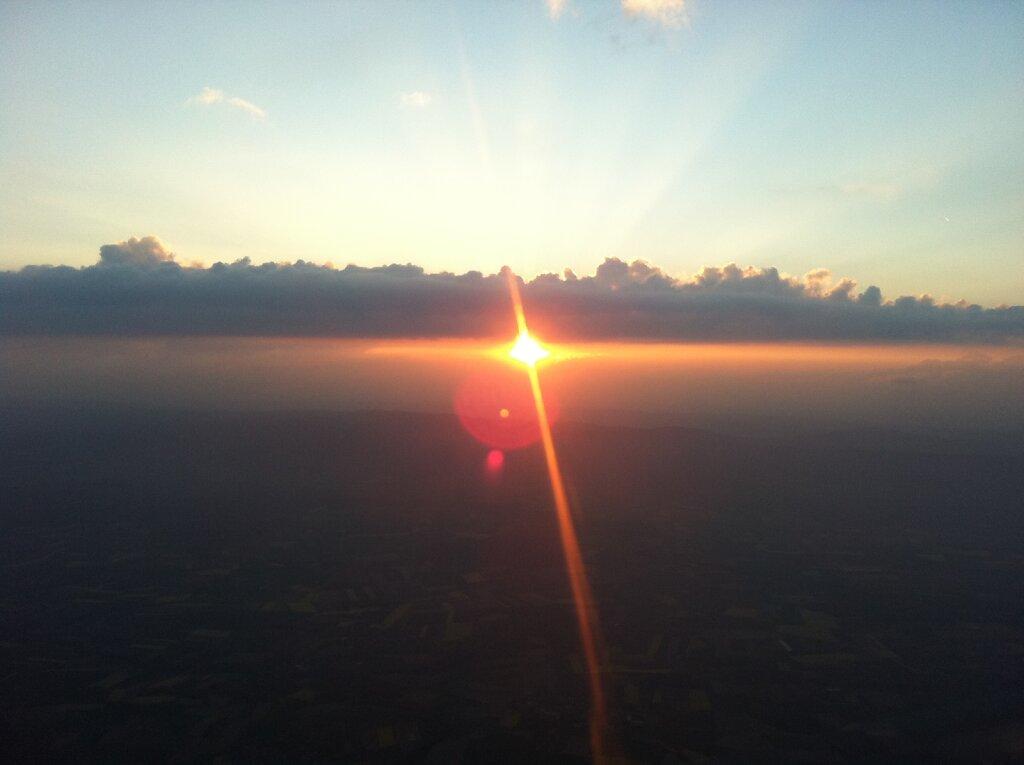 20.04.2011 München - Genf   Sunset 2 Minuten früher