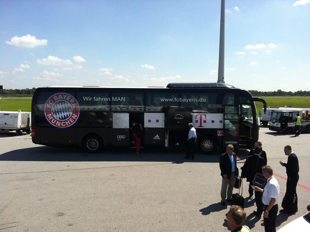 02.08.2011 München   FC Bayern Charter