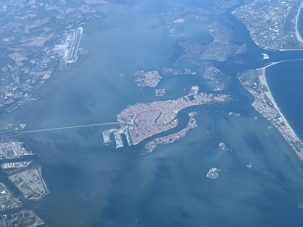 24.07.2019 - Ancona - München   Overhead Venedig