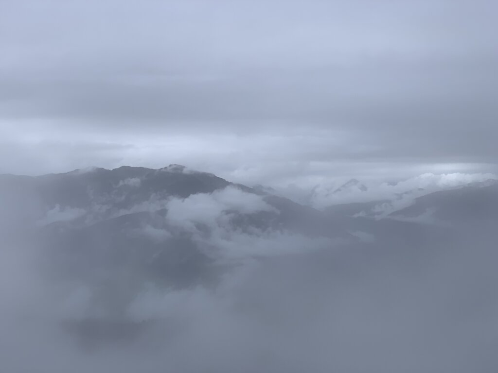 08.08.2021 Grau in grau