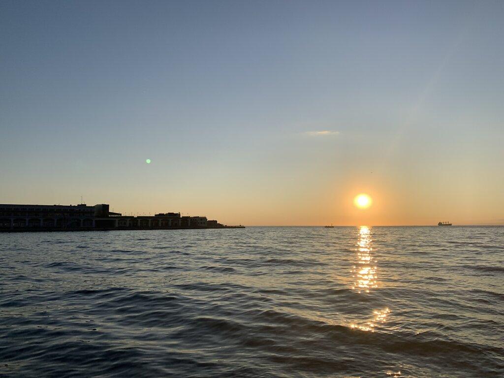 01.09.2021 Malerischer Sonnenuntergang...